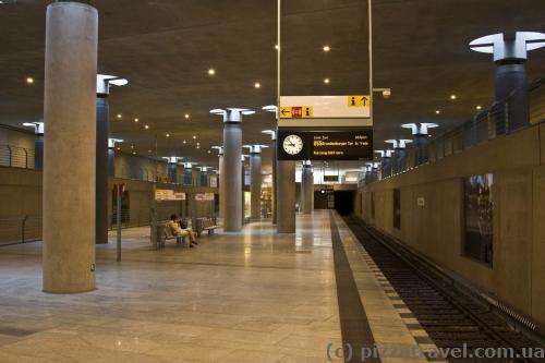Станція метро Бундестаг