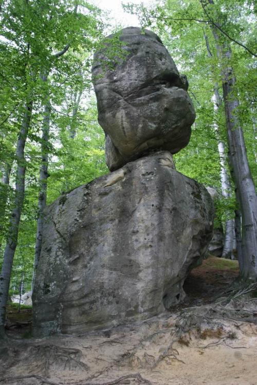 Скала Ванька-Встанька