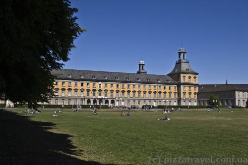 Университет в Бонне
