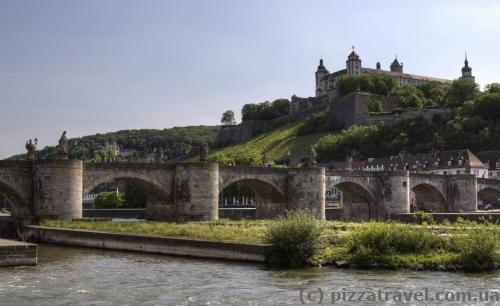 Old bridge and the Marienberg Fortress in Wuerzburg