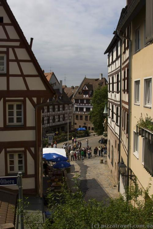 View of the Tiergaertnertor Square from the castle
