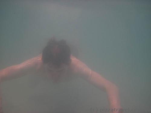 Видимость под водой нулевая
