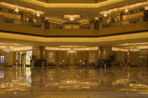 Отель Emirates Palace в Абу-Даби