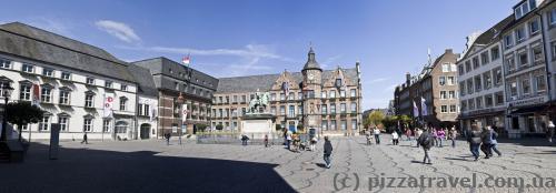 Рыночная площадь в Дюссельдорфе