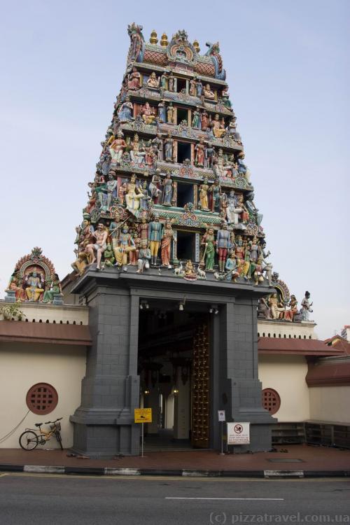 Храм Sri Mariamman