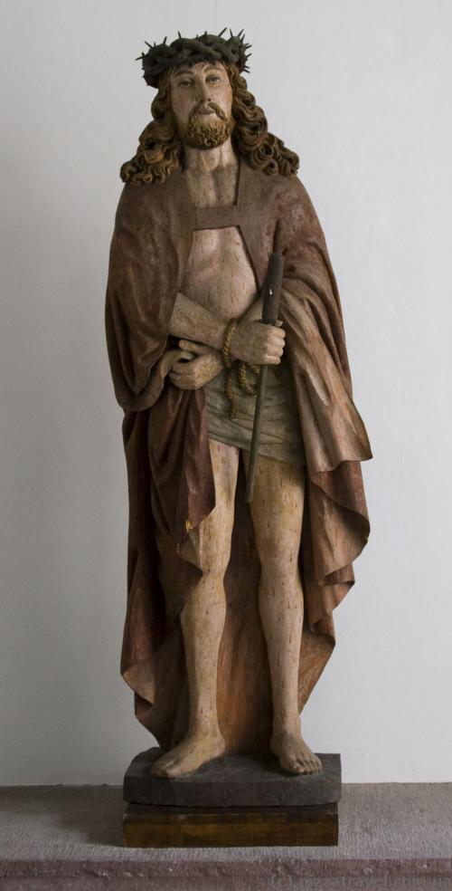 Деревянная скульптура 1600 года