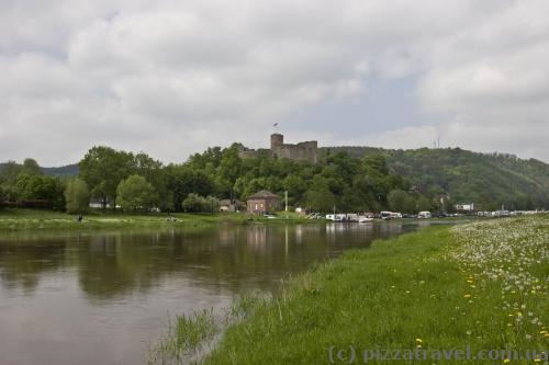 Weser river and the Everstein Castle
