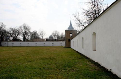 Летичевский доминиканский монастырь