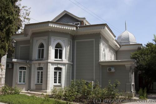 Архитектура в Гурзуфском парке
