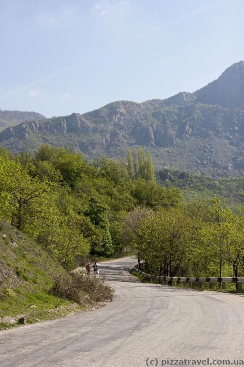 Дорога к Демерджи