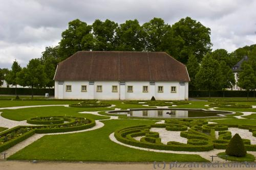 Lawn in front of the Neuhaus Castle