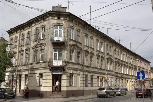 Вул. Пантелеймона Куліша